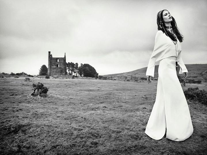 Vogue_Italia_l0WZqI8BKYBJHinEfQ6WPfu8db0BYLuvec9dTNdZ4fU