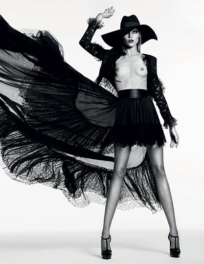 Vogue_Russia_WELL_Fashion-Slimane-_#VG03-2013-65-5